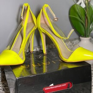 Liliana Shoes - Liliana Yellow Neon Pumps 💕